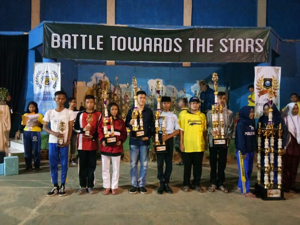 Paskibra SMK PGRI Subang Meraih Piala Sponsor Terbaik