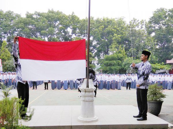 Peringatan Hari Guru di SMK PGRI Subang