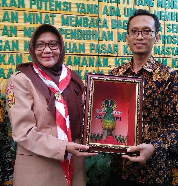 SMK PGRI Subang Menerima Kunjungan Dari SMK Bhinneka Karawang