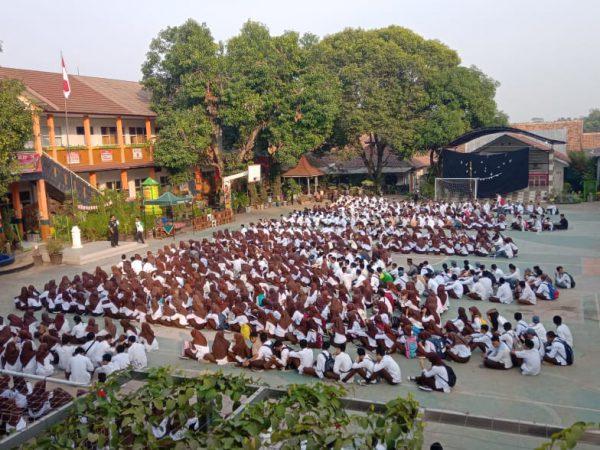 SMK PGRI Subang Memeriahkan HUT RI ke-74