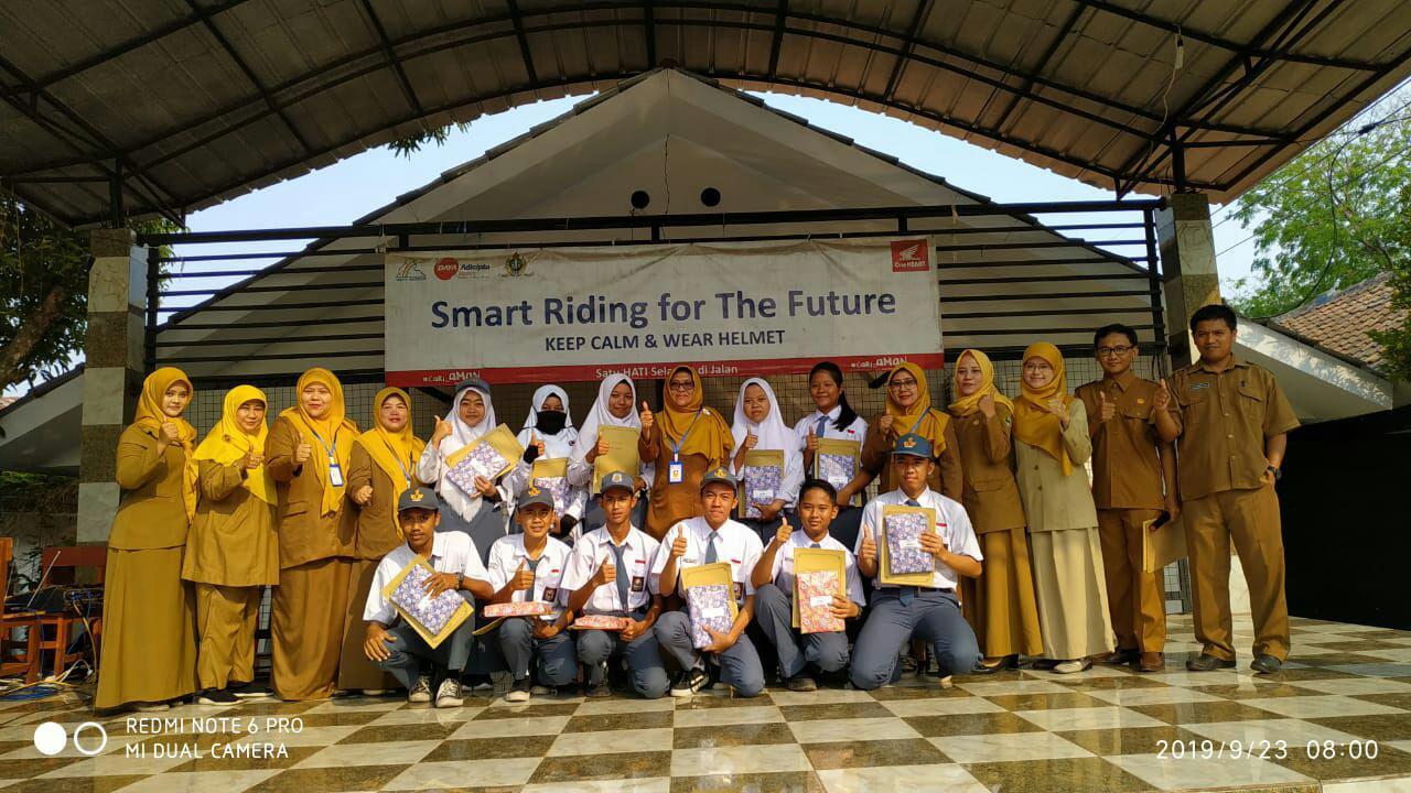 Juara LKS MGMP Bahasa Inggris SMK PGRI Subang
