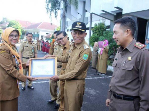 SMK PGRI Subang Raih Penghargaan Sekolah Adiwiyata Nasional dari Kementerian Lingkungan Hidup