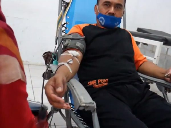 Bakti Sosial Donor Darah SMK PGRI SUBANG